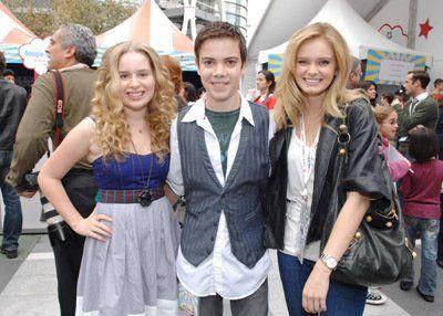 Sara Paxton, Alexander Gould and Allie Grant