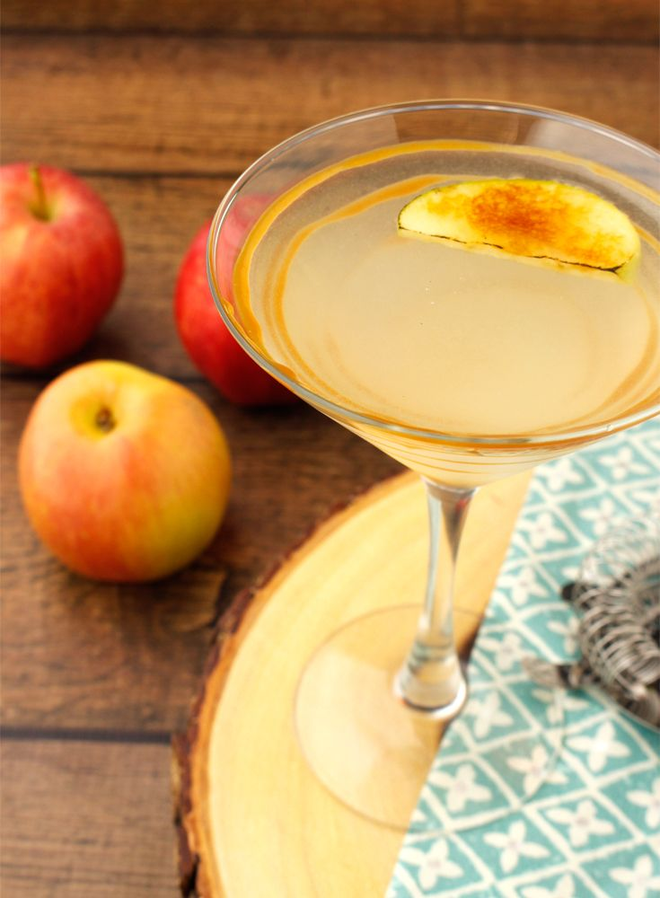 This caramelized appletini is perfect for fall and tastes like apple pie. But, you know, in drink form. So even better than apple pie -- bet you didn't think that was possible.