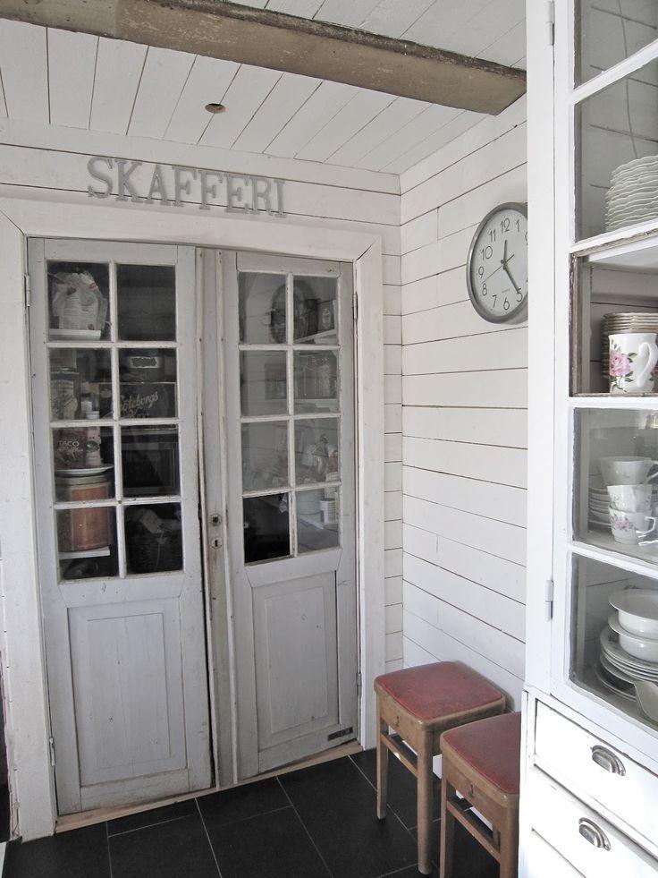 skafferi, glasdörr