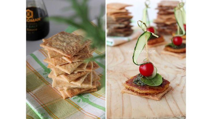 Что приготовить быстро и вкусно? Домашние крекеры - простой рецепт