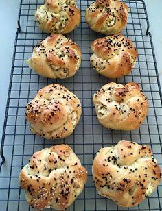 turkse-fetakaas-broodjes-gevlochten-recept-2