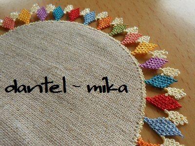 alfombra con picos de colores