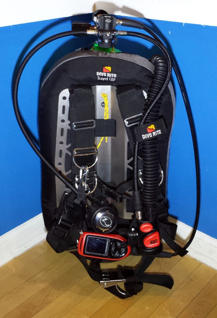 A complete, low profile, fully customisable travel setup. I love how I have everything I need for diving, but feel like I have very little on. Add pockets, move D-Rings, bungee this, strap that. The possibilities are endless. Whether you are a new diver using a single tank, adding a pony bottle for that warm, fuzzy feeling or strapping a set of doubles on, you will not be upgrading anytime soon. Dive Rite Backplate & Harness Zeagle Regulator Atomic Octo Atomic Dive Computer