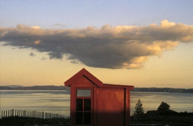 Robin Morrison. Telephone box on Rakino Island. 1988.