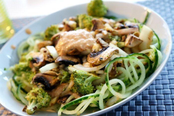 RawTomatPasta & marinerade grönsaker