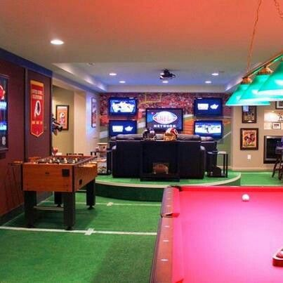 Sport theme in the basement.
