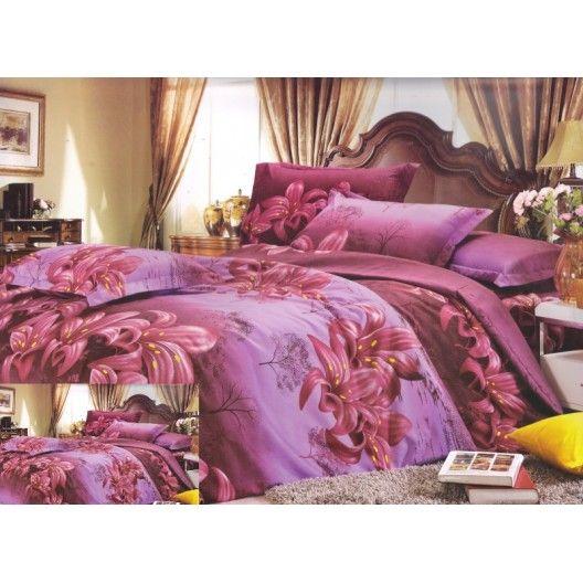 Fialová obliečka na postele s kvetovým motívom