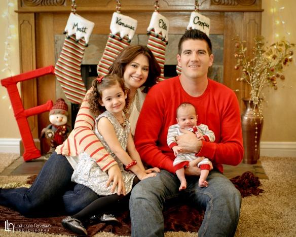 Cozy Christmas Portraits at Home!
