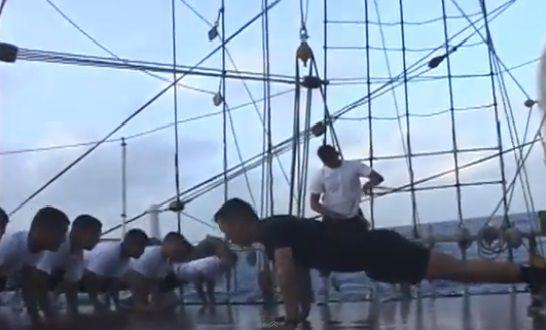 La disciplina militar es parte fundamental del entrenamiento de los cadetes