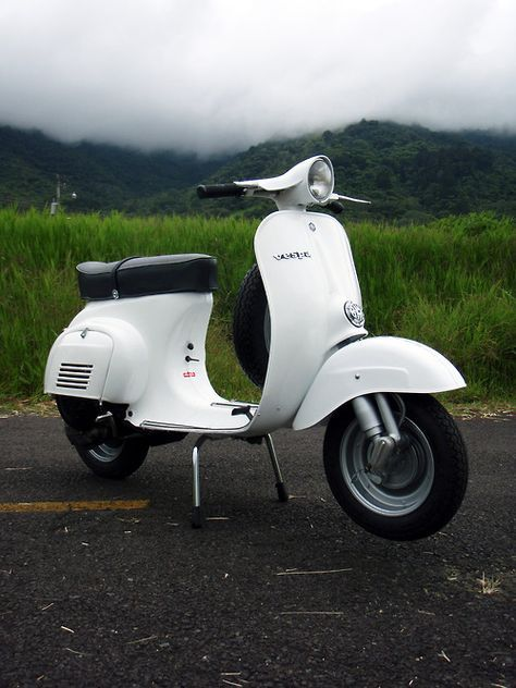 vespa tumblr vespas pinterest vespa scooters and vespa