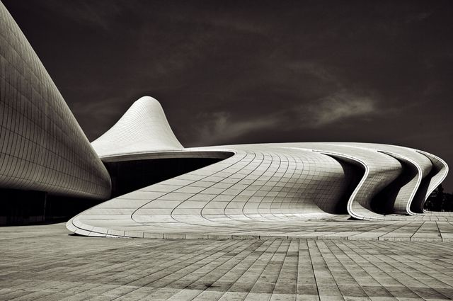 Heydar Aliyev Centre / Zaha Hadid