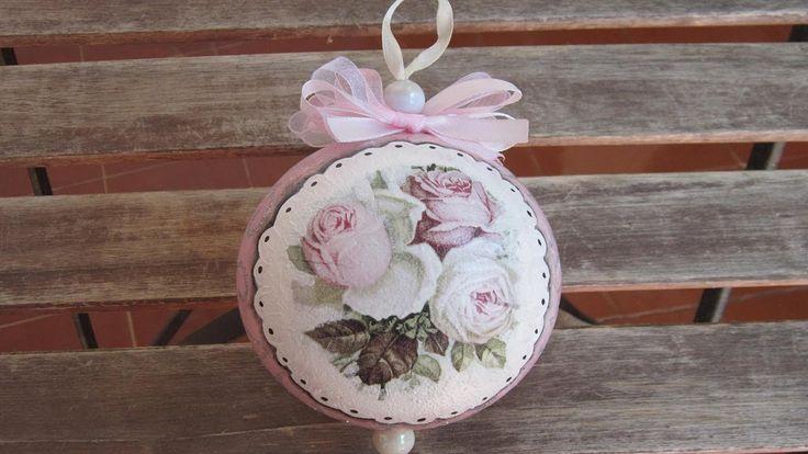 Bola de porex decorada estilo romántico para #Navidad  #Manualidades