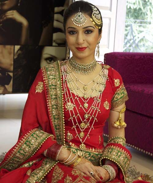 Best Bridal Makeup Reviews : 17 Best images about east dressing on Pinterest Couture ...