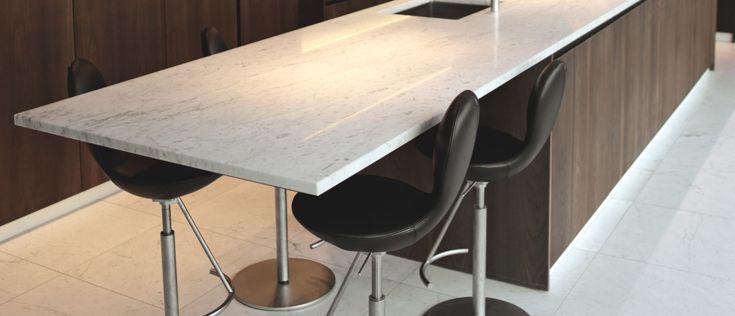 Carrara look + donker hout