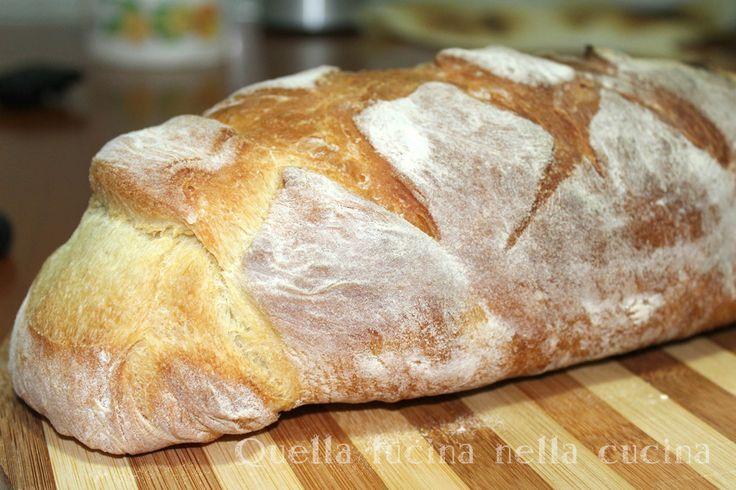 Pane con biga più leggero e digeribile. Come fare un buon pane in casa con il lievito di birra e con metodo indiretto. Piccoli ma importanti accorgimenti.