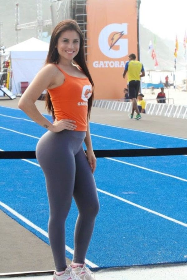 Ripped Yoga Pants Public