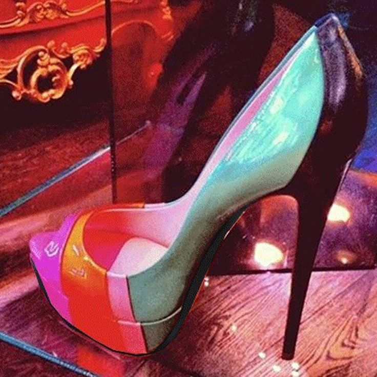 Shoespie Contrast Colors Peep-toe Platform Heels