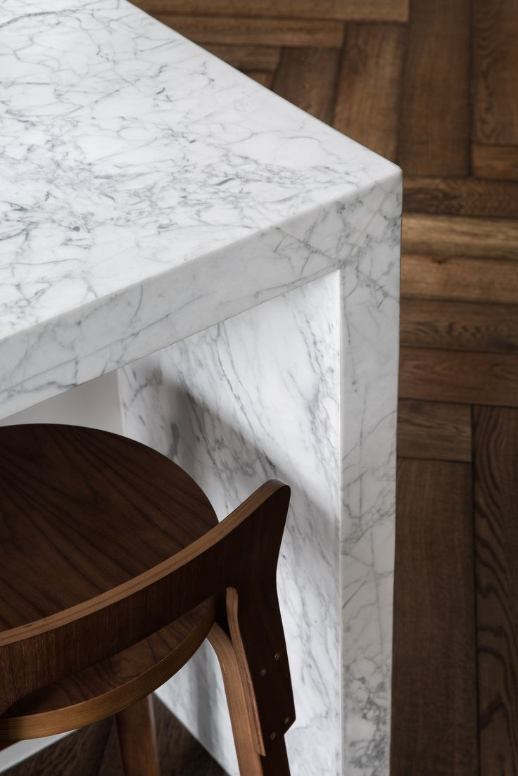 Close up of this sensational Cardellino Marble kitchen by @2ic_construction and @ewert_leaf . Stonework by Aristocratic. Photo by @emily_bartlett_photography . Joinery @cosinteriors . #cdkstone #cardellino #cardellinomarble #marble #naturalstone #naturalbeauty #naturesmasterpiece #designinspo #designinspiration