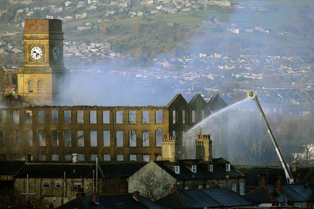 Developers withdraw demolition plans for fire-damaged Newsome Mills – Huddersfield Examiner #newsome,andrew #cooper,huddersfield #civic #society,castle #hill,kirklees http://broadband.nef2.com/developers-withdraw-demolition-plans-for-fire-damaged-newsome-mills-huddersfield-examiner-newsomeandrew-cooperhuddersfield-civic-societycastle-hillkirklees/  # Developers withdraw demolition plans for fire-damaged Newsome Mills The developers who wanted to demolish one of Huddersfield's most…
