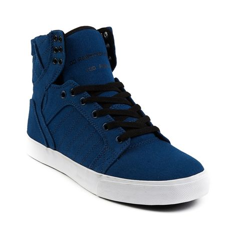Mens Supra Skytop Skate Shoe in Navy at Journeys Shoes.