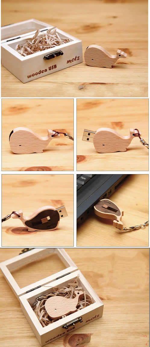 16G Wooden Dolphin USB Flash Drive