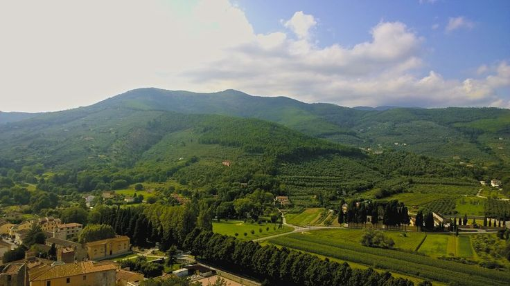 View from Brunelleschi's Castle, Vicopisano, Tuscany http://toscanaontheroad.com/?p=326