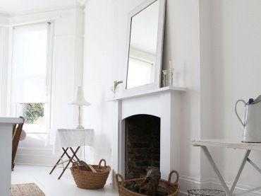 sai già che io amo il bordo bianco sul pavimento, scale bianche e interno bianco.  Oggi set di foto d'interni con il bianco ...