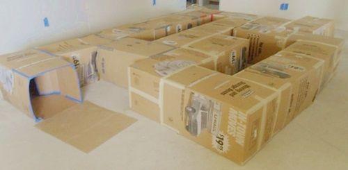 tunel para jugar con cajas de carton recicladas ¡Idea Halloween! Tunel de juegos con cajas recicladas
