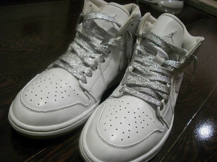 uk availability cbe15 f3720 Nike Air JordansShoes HeelsSneakerMarchStyle Fashion 2002 NIKE AIR JORDAN  RETRO 1 WHITE METALLIC SILVER SIZE 11  nike backless sneakers ...