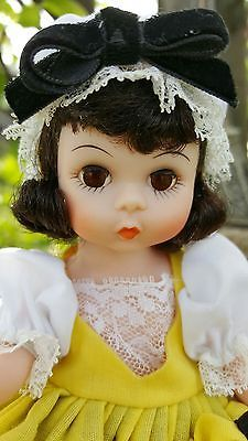 "FRANCE #590 1974  ""A MADAME ALEXANDER DOLL"" Americana Collection w/TAG & BOX"