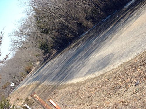 This strange hill on Old Fort Road where gravity works in reverse has been fascinating locals for years