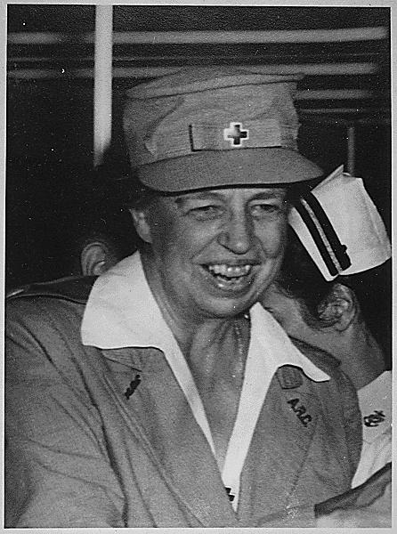 Eleanor Roosevelt at Pearl Harbor (September 21, 1943 ...