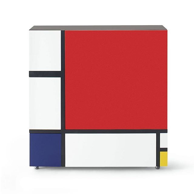#ShiroKuramata is known as one of the most influential #japanese #designers of the 20th century.  With his #HomageToMondrian cabinet, #Kuramata has combined the aesthetics of european art, with the minimalistic lines of japanese furniture. Designed in #1975, the cabinet features the #iconic lines of dutch  #artist #PietMondrian's #artwork 'Composition II in Red, Blue, and Yellow'. Made from laquered wood, the cabinet features unique hidden drawers and shelves that unfold, almost like…