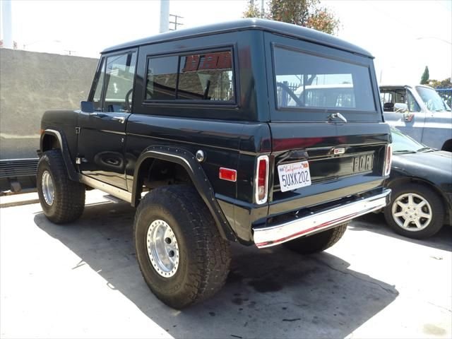 black ford bronco small suv with black roof ford bronco pinterest cars cars for sale and. Black Bedroom Furniture Sets. Home Design Ideas