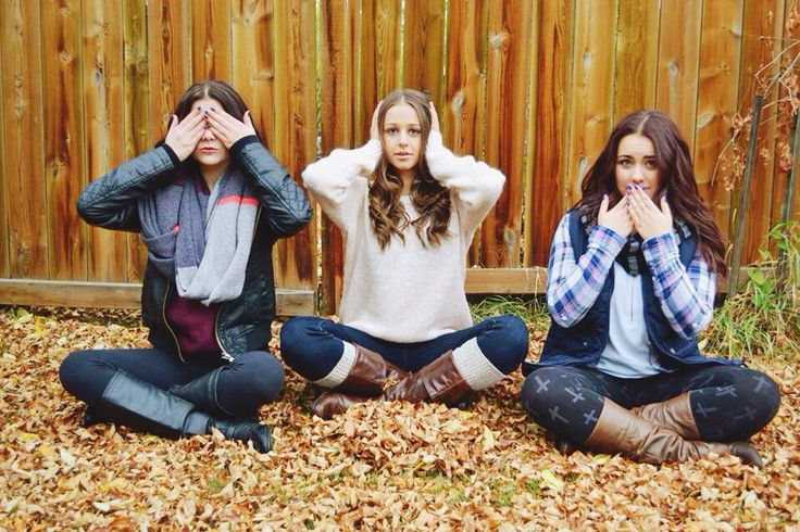 three best friends, sweater weather, fall/autumn, leaves, fashion, boots, models #fallphotoshoot #photography #modeling #teenagers