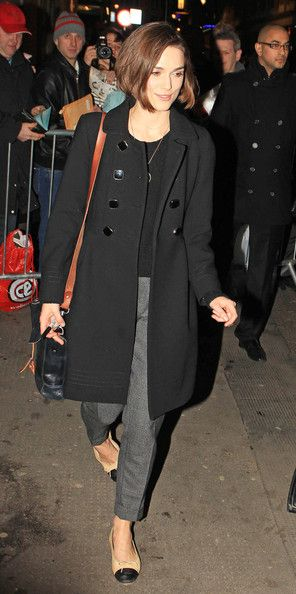 Keira Knightley Photos: Keira Knightley Leaves the Comedy Theatre