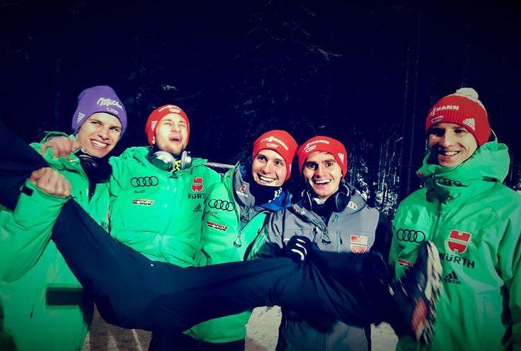 """3,397 Likes, 31 Comments - Richard Freitag (@freitag.richard) on Instagram: """"Training ✅ Stimmung top, Schanze top - Die Wettkämpfe können kommen  #TeamGermany #Lahti2017…"""""""
