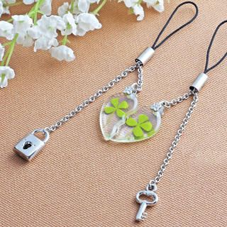 Set of 2: Clover Heart Mobile Strap from #YesStyle <3 Cuteberry YesStyle.com