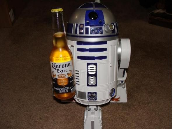 R2D2 Interactive Astromech Droid con birra