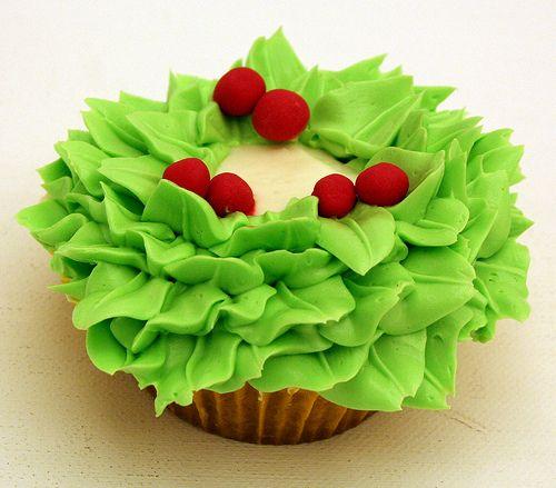 Christmas Cupcakes « The Cupcake Recipe