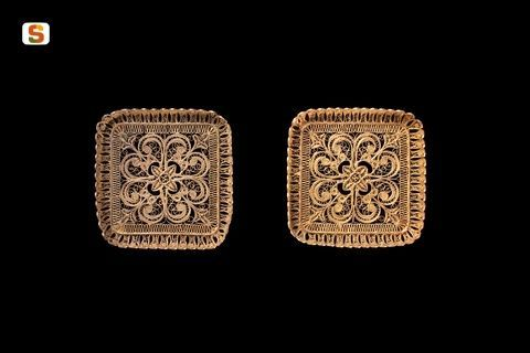 Sardegna DigitalLibrary - Immagini - Gemelli in filigrana d'oro