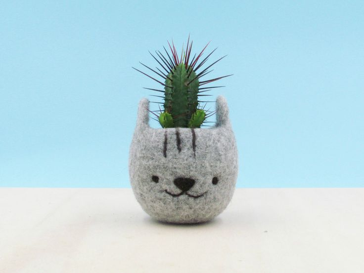 Ornaments – Cute plant pot / Neko Atsume / Cat head planter – a unique product by theyarnkitchen on DaWanda
