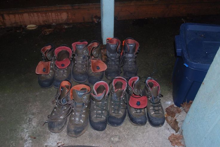 SIMMS FREESTONE Wading boots- FELT Sole, metal cleats- used Men's size 8 AS IS #Simms #WadingBoots