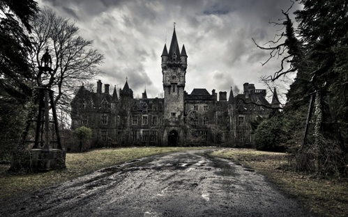 Abandoned-Old-Castle