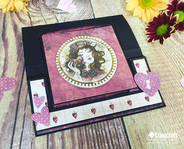We are well underway with our Card Shape of the Month feature. Develop your crafting skills with a new card design using July's fab swing easel tutorial made with the new SANTORO®'s Willow collection…