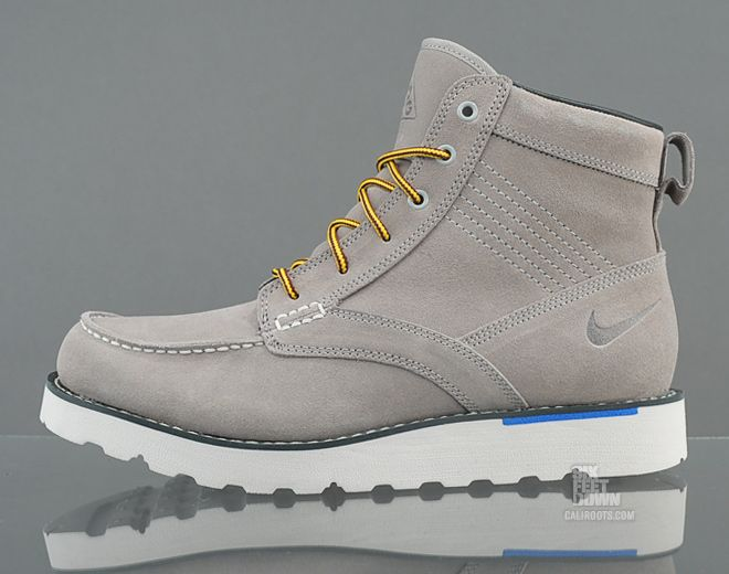 nike boots gray