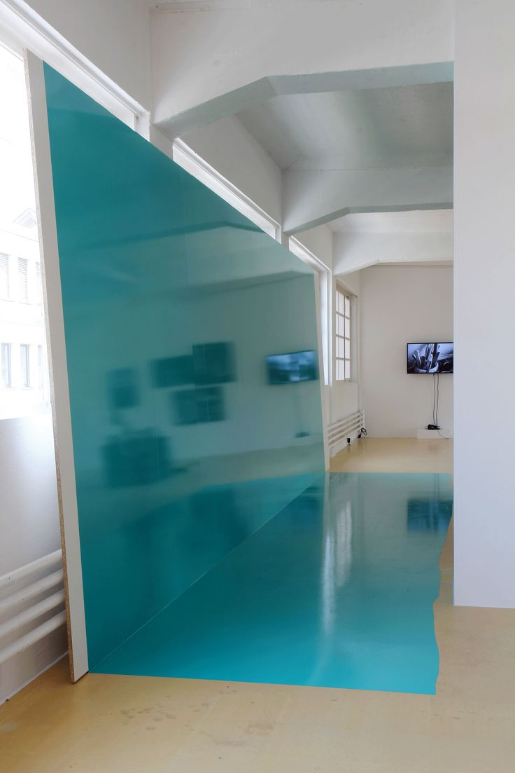 "Kunstverein Bregenz, Magazin 4, ""six memos for the next day"",  Klebefolie, Holz, 190 x 750 x 45 cm, 2013"