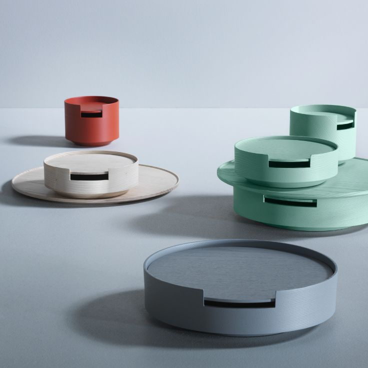 Available in seven colours: Natural ash, tele grey, coral red, reseda green, pastel turquoise, white and black.