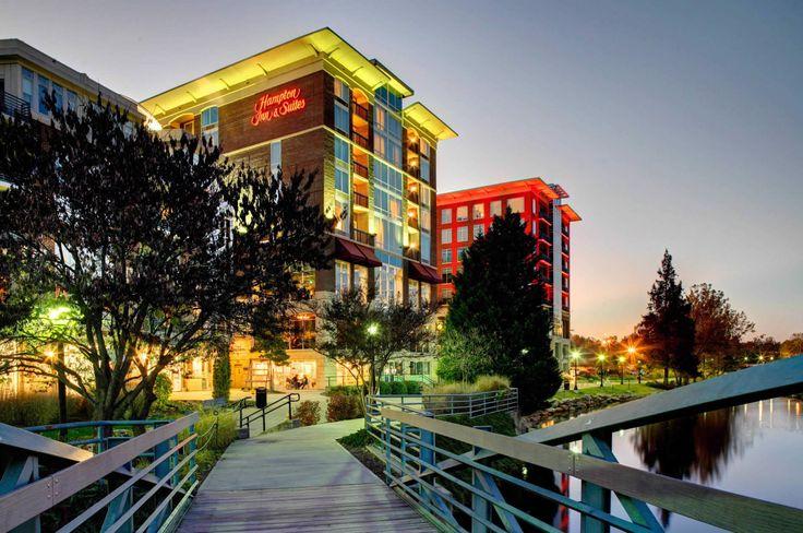Hampton Inn & Suites by Hilton Greenville Downtown Riverplace