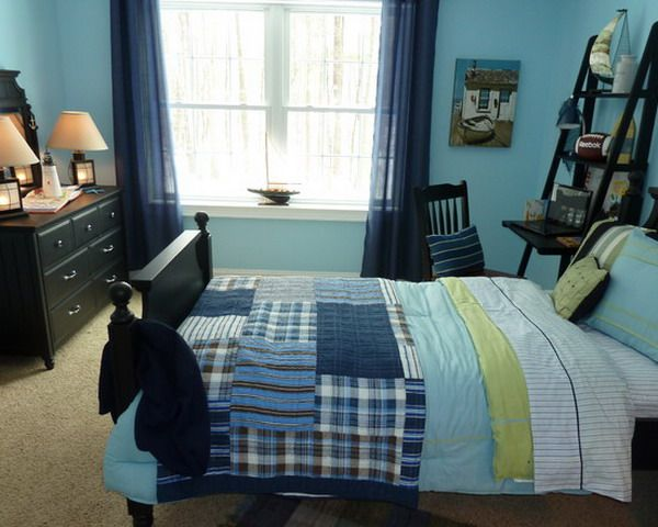 Cool Teen Boys Bedroom Makeover With Blue Painted